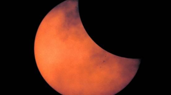 Eclissi solare, Eclissi, Sole
