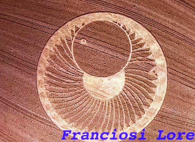 crop-circle-Ravenna700-1